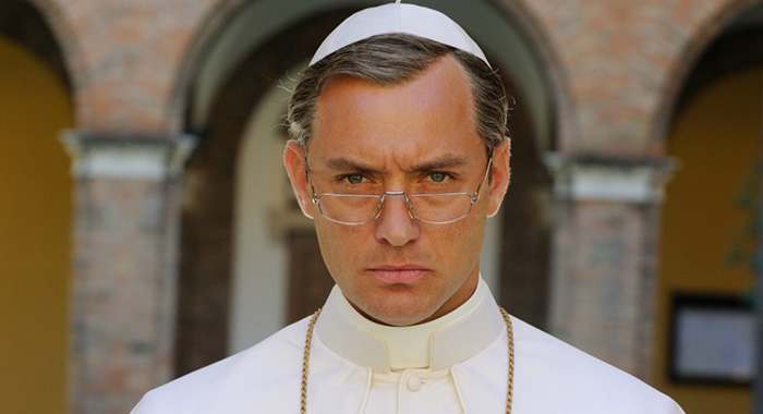 The Young Pope - Jude Law (Gianni Fiorito/HBO)
