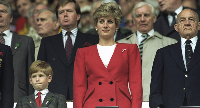 HRH Princess Diana and HRH Prince Harry in 1991 (David Cannon/Allsport)