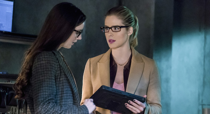 "Arrow -- ""Checkmate"" -- Image AR516b_0146b.jpg -- Pictured (L-R): Kacey Rohl as Alena and Emily Bett Rickards as Felicity Smoak -- Photo: Katie Yu/The CW"