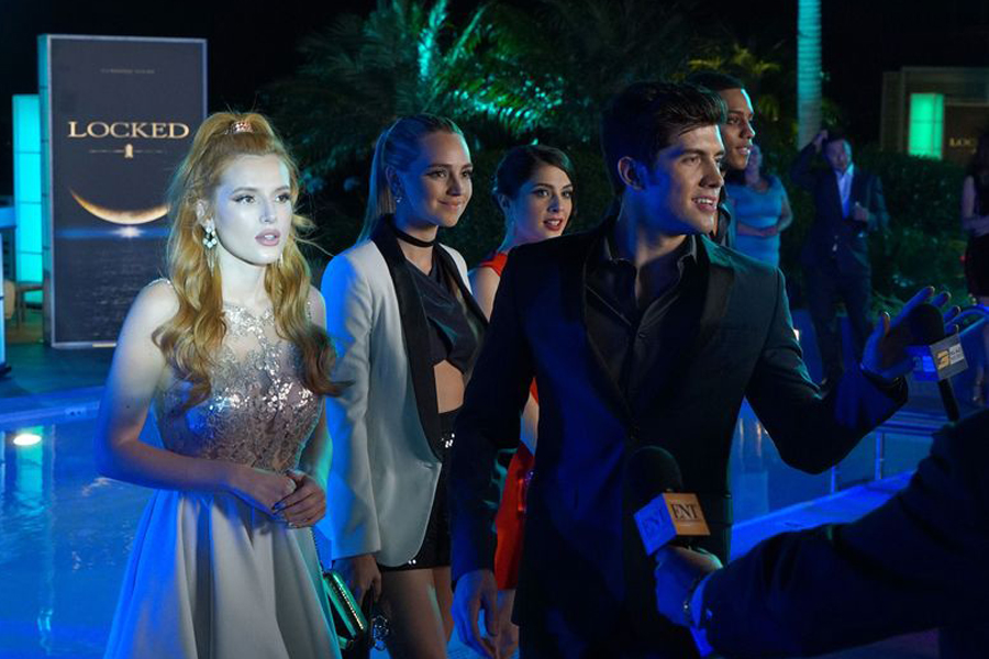 BELLA THORNE, KATELYN TARVER, NIKI KOSS, CARTER JENKINS, KEITH POWERS in Famous in Love (Freeform/Byron Cohen)