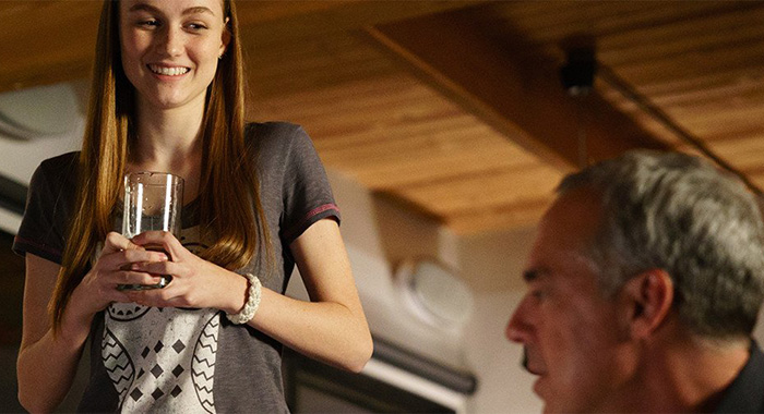 Bosch stars Madison Lintz, Titus Welliver (Amazon)