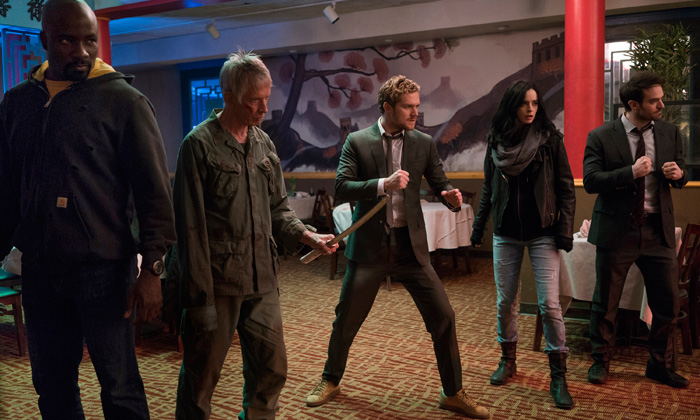 Mike Colter, Scott Glenn, Finn Jones, Krysten Ritter, Charlie Cox in Marvel's The Defenders (Sarah Shatz/Netflix)