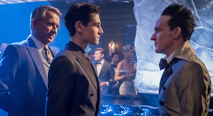 GOTHAM season 4: L-R: Sean Pertwee, David Mazouz and Robin Lord Taylor (Jeff Neumann/FOX)