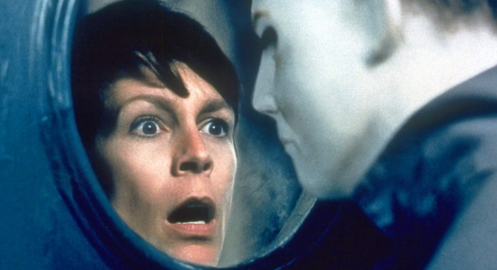 Jamie Lee Curtis to Return to Halloween Franchise Next Year, and ...