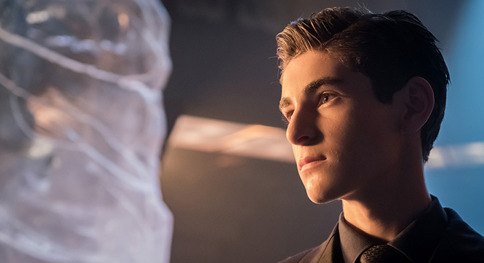 "GOTHAM: David Mazouz in the ""Pax Penguina"" season 4 premiere (Jeff Neumann/FOX)"