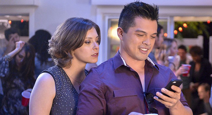 Crazy Ex-Girlfriend stars Rachel Bloom, Vincent Rodriguez III (The CW)