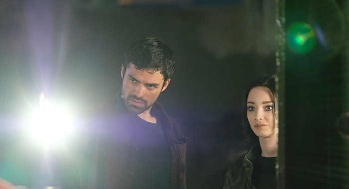 Sean Teale and Emma Dumont in THE GIFTED (Eliza Morse/FOX)