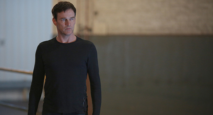 Stephen Moyer in THE GIFTED (Ryan Green/FOX)