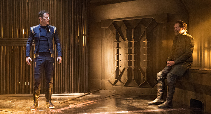 Jason Isaacs as Captain Gabriel Lorca; Rainn Wilson as Harry Mudd of the CBS All Access series STAR TREK: DISCOVERY (Michael Gibson/CBS)