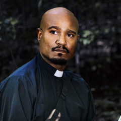 Seth Gilliam as Father Gabriel Stokes - The Walking Dead _ Season 8, Gallery - Photo Credit: Alan Clarke/AMC