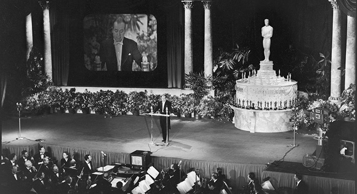 Bob Hope 25th Annual Academy Awards, first televised presentation, in Hollywood 1953 ( J. R. Eyerman/The LIFE Picture Collection/Getty Images)
