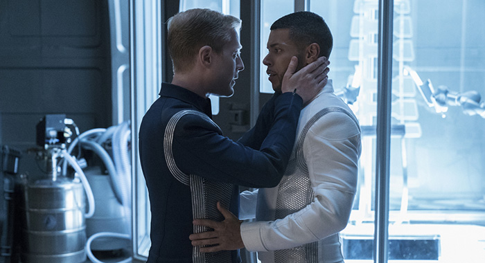 """Into the Forest I Go"" -- Episode 109 -- Pictured (l-r): Anthony Rapp as Lieutenant Paul Stamets; Wilson Cruz as Dr. Hugh Culber (Michael Gibson/CBS)"
