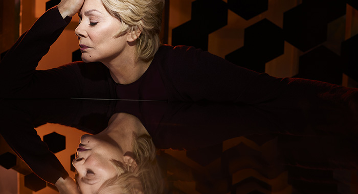 LEGION - season 2 Jean Smart (Matthias Clamer/FX)