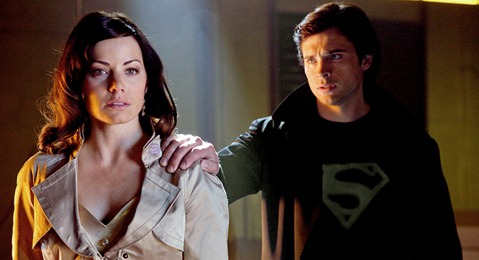 SMALLVILLE, (from left): Erica Durance, Tom Welling (Jack Rowand / © Warner Brothers Television / Courtesy: Everett Collection)