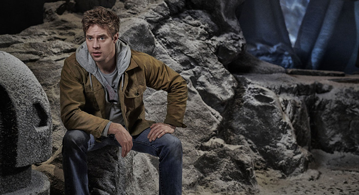 KRYPTON -- Season: 1 -- Pictured: Shaun Sipos as Adam Strange (Gavin Bond/Syfy)