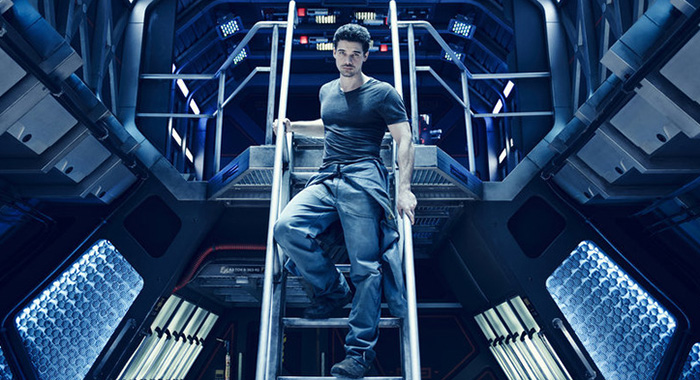 THE EXPANSE -- Sezonul:1 -- Pictured: Steven Strait as Earther James Holden (Jason Bell/Syfy)