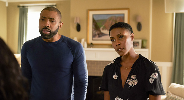 "Black Lightning -- ""And Then the Devil Brought the Plague: The Book of Green Light"" -- Image BLK105b_0160b.jpg -- Pictured (L-R): Cress Williams as Jefferson Pierce and Christine Adams as Lynn -- Photo: Bob Mahoney/The CW -- © 2018 The CW Network, LLC. All rights reserved."