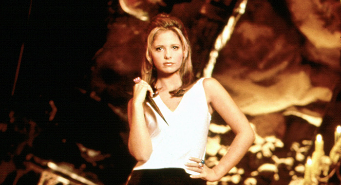 BUFFY THE VAMPIRE SLAYER, Sarah Michelle Gellar, Season 3, 1996-2003 TM and Copyright (c) 20th Century Fox Film Corp. All rights reserved. Courtesy: Everett Collection