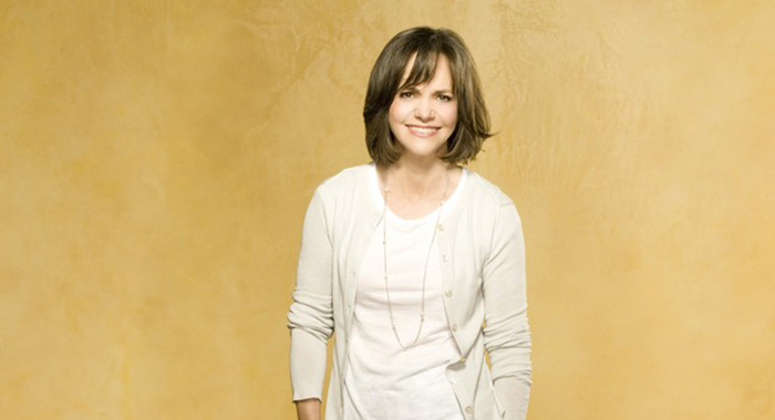 Brothers & Sisters - Sally Field (ABC)