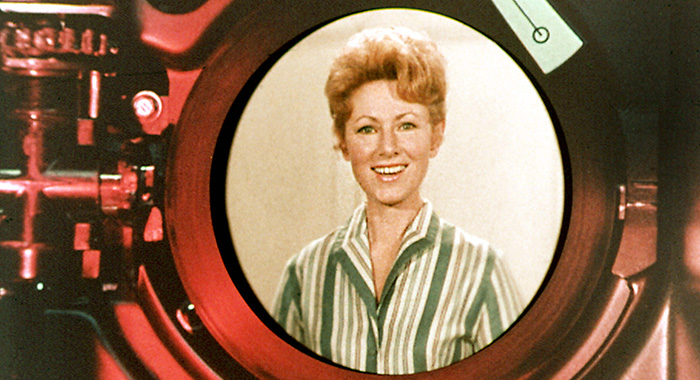 HAPPY DAYS, Marion Ross, from the opening credits, 1974-1984.©Paramount / Courtesy: Everett Collection.