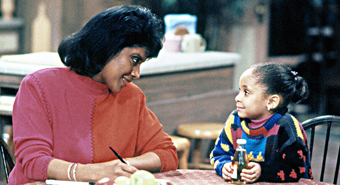 THE COSBY SHOW, Phylicia Rashad, Raven-Symone, Yr.7, 1990-1991. (c)Carsey-Werner Co. Courtesy: Everett Collection.