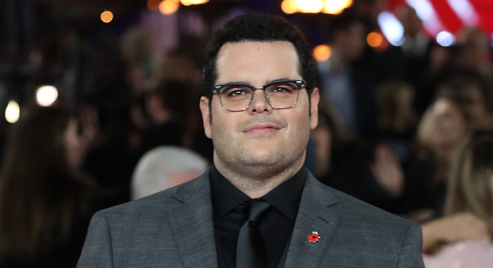 LONDON, ENGLAND - NOVEMBER 02: Josh Gad attends the 'Murder On The Orient Express' World Premiere held at Royal Albert Hall on November 2, 2017 in London, England. (Photo by Tim P. Whitby/Tim P. Whitby/Getty Images/for 21st Century Fox)