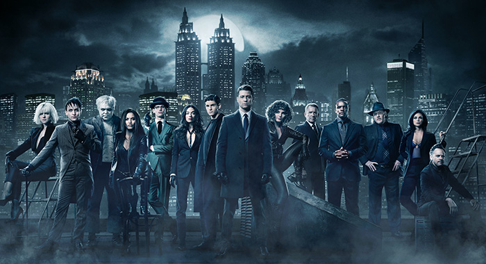 GOTHAM: L-R: Erin Richards, Robin Lord Taylor, Drew Powell, Jessica Lucas, Cory Michael Smith, Crystal Reed, David Mazouz, Ben McKenzie, Camren Bicondova, Sean Pertwee, Chris Chalk, Donal Logue, Morena Baccarin and Alexander Siddig. Season 4 of GOTHAM premieres Thursday, Sept. 21 (8:00-9:01 PM ET/PT) on FOX. ©2017 Fox Broadcasting Co. Cr: TOMMY GARCIA / FOX