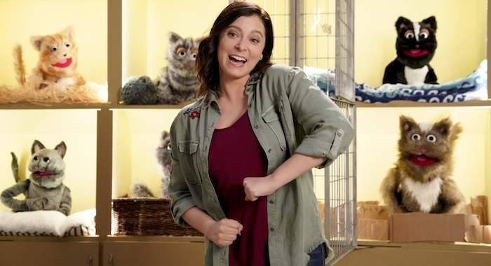 "Crazy Ex-Girlfriend -- ""Trent?!"" -- Image Number: CEG312b_0527.jpg -- Pictured: Rachel Bloom as Rebecca -- Photo: Greg Gayne/The CW -- © 2018 The CW Network, LLC. All Rights Reserved."