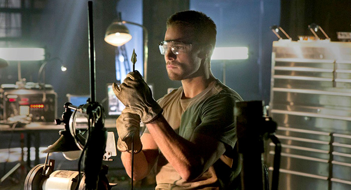 Stephen Amell in The Arrow season 1 (The CW)