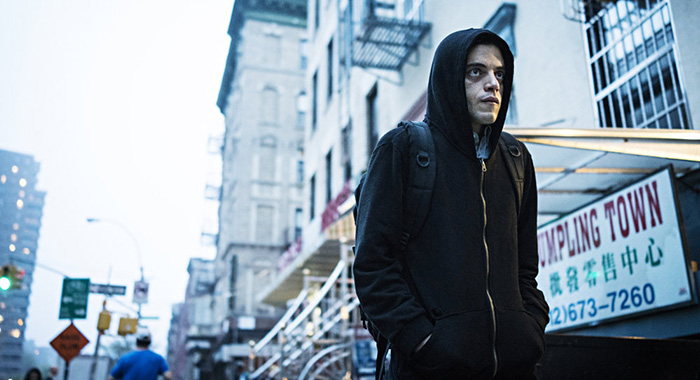 "MR. ROBOT -- ""eps3.1_undo.gz"" Episode 302 -- Pictured: Rami Malek as Elliot Alderson -- (Photo by: Michael Parmelee/USA Network)"