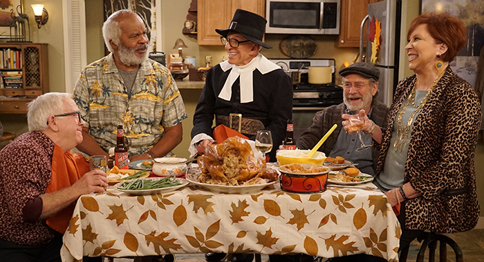 "THE COOL KIDS: L-R: Leslie Jordan, David Alan Grier, guest star Jamie Farr, Martin Mull and Vicki Lawrence in the ""Thanksgiving at Murray's"" episode of THE COOL KIDS airing Friday, Nov. 16 (8:30-9:00 PM ET/PT) on FOX. ©2018 Fox Broadcasting Co. Cr: Kevin Estrada/FOX"