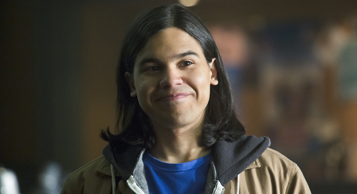 "The Flash -- ""Who is Harrison Wells?"" -- Image FLA119B_0272b -- Pictured: Carlos Valdes as Cisco Ramon -- Photo: Katie Yu /The CW"