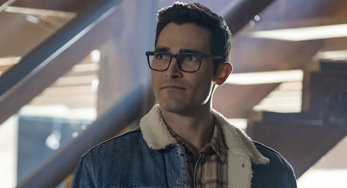 "The Flash -- ""Elseworlds, Part 1"" -- Image Number: FLA509b_0692r.jpg -- Pictured: Tyler Hoechlin as Clark Kent -- Photo: Katie Yu/The CW"