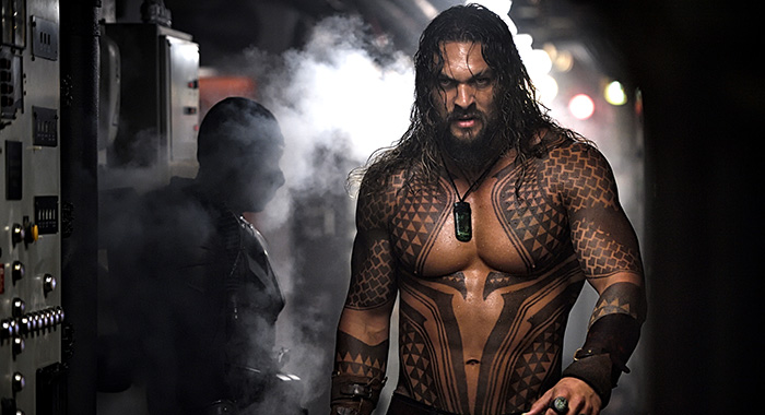 "JASON MOMOA as Aquaman in Warner Bros. Pictures' action adventure ""AQUAMAN,"" a Warner Bros. Pictures release. Copyright: © 2018 WARNER BROS. ENTERTAINMENT INC. (Jasin Boland/ ™ & © DC Comics)"