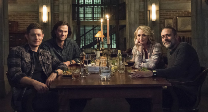 "Supernatural -- ""Lebanon"" -- Image Number: SN1413D_BTS_0372bc.jpg -- Pictured (L-R): Behind the scenes with Jensen Ackles as Dean, Jared Padalecki as Sam, Samantha Smith as Mary Winchester and Jeffrey Dean Morgan as John Winchester -- Photo: Dean Buscher/The CW"