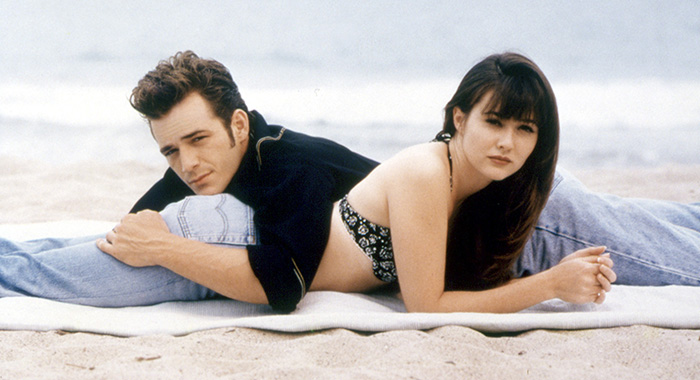 BEVERLY HILLS 90210, (from the left): Luke Perry, Shannen Doherty, (1992), 1990-2000. © Aaron Spelling Prod./Courtesy Everett Collection