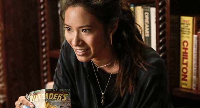 "Black Lightning -- ""Lawanda: The Book of Burial"" -- Image BLK103a_0006.jpg -- Pictured: Chantal Thuy as Grace Choi -- Photo: Carin Baer/The CW -- © 2018 The CW Network, LLC. All rights reserved."