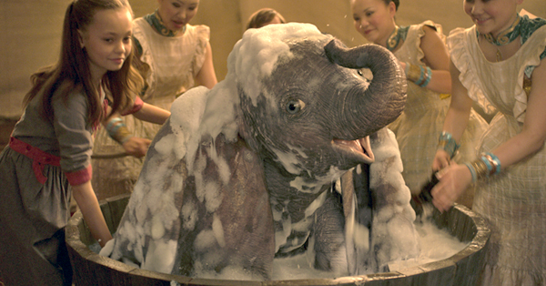 <em>Dumbo</em> First Reviews: Disney's Latest Live-Action Remake Looks Stunning but Fails to Take Full Flight