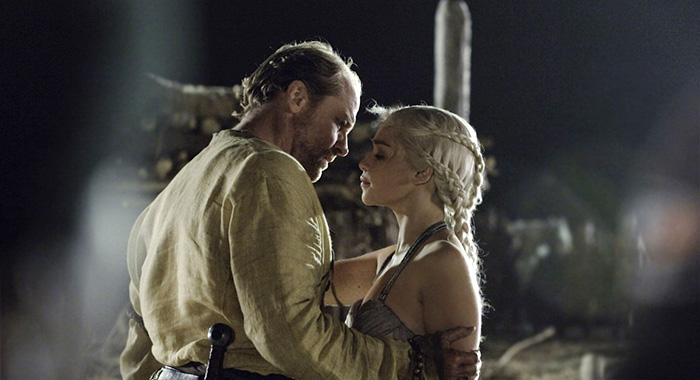 game of thrones s1ep10 Jorah and Daenerys (HBO)