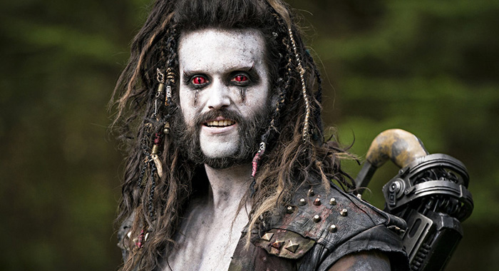 "KRYPTON -- ""Ghost in the Fire"" Episode 202 -- Pictured: Emmett J. Scanlan as Lobo -- (Photo by: Steffan Hill/SYFY)"