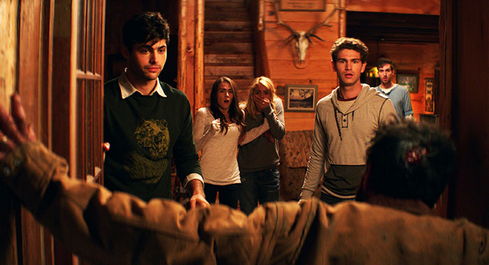 Cabin Fever, 2016 (IFC Midnight/ Everett Collection)