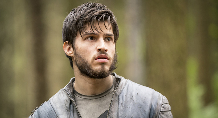 "KRYPTON -- ""Light-Years From Home"" Episode 201 -- Pictured: Cameron Cuffe as Seg-El -- (Photo by: Steffan Hill/SYFY)"