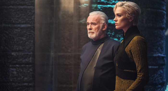 "KRYPTON -- ""Light-Years From Home"" Episode 201 -- Pictured: (l-r) Ian McElhinney as Val-El, Wallis Day as Nyssa-Vex -- (Photo by: Steffan Hill/SYFY)"