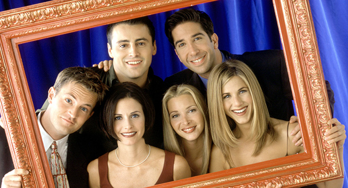 FRIENDS, Matthew Perry, Courteney Cox Arquette, Matt LeBlanc, Lisa Kudrow, David Schwimmer, Jennifer Aniston, (Season 5), 1994-2004, © Warner Bros. / Courtesy: Everett Collection