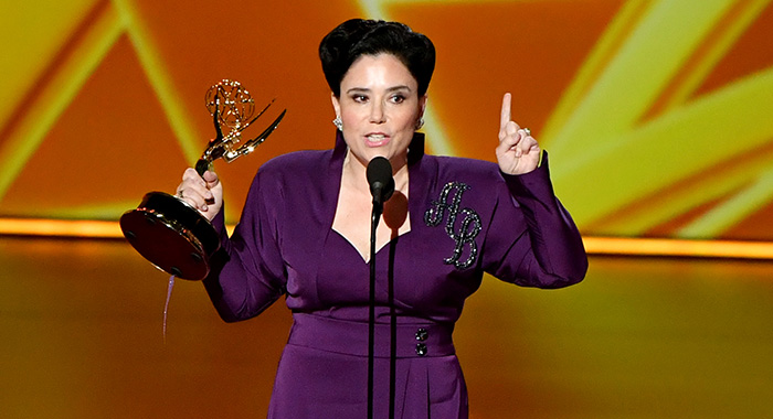 "LOS ANGELES, CALIFORNIA - SEPTEMBER 22: Alex Borstein accepts the Supporting Actress, Comedy award for ""The Marvelous Mrs. Maisel"" onstage during the 71st Emmy Awards at Microsoft Theater on September 22, 2019 in Los Angeles, California. (Photo by Amy Sussman/WireImage)"