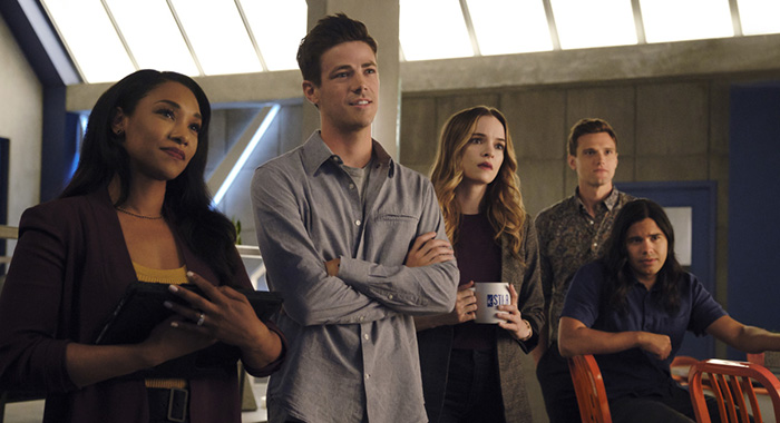 "The Flash -- ""Into The Void"" -- Image Number: FLA601b_0066r.jpg -- Pictured (L-R): Candice Patton as Iris West - Allen, Grant Gustin as Barry Allen, Danielle Panabaker as Caitlin Snow, Hartley Sawyer as Dibney and Carlos Valdes as Cisco Ramon -- Photo: Jeff Weddell/The CW -- © 2019 The CW Network, LLC. All rights reserved"