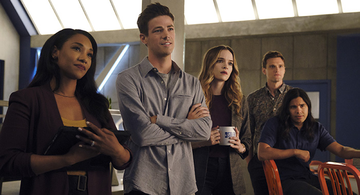 "The Flash -- ""Into The Void"" -- Image Number: FLA601b_0066r.jpg -- Pictured (L-R): Candice Patton as Iris West - Allen, Grant Gustin as Barry Allen, Danielle Panabaker as Caitlin Snow, Hartley Sawyer as Dibney and Carlos Valdes as Cisco Ramon -- Photo: Jeff Weddell/The CW"