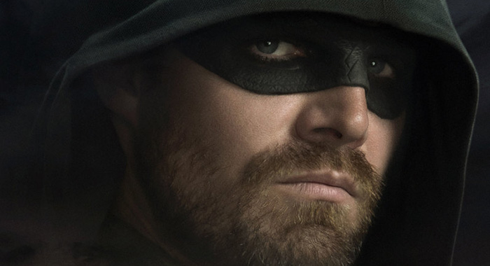 Arrow -- Image Number: ARRS8_8x12.jpg -- Pictured: Stephen Amell as Oliver Queen/Green Arrow -- Photo: The CW -- © 2019 The CW Network, LLC. All rights reserved.