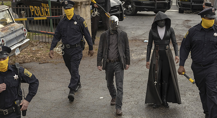 Watchmen season 1, Regina King, Tim Blake Nelson. photo: Mark Hill/HBO