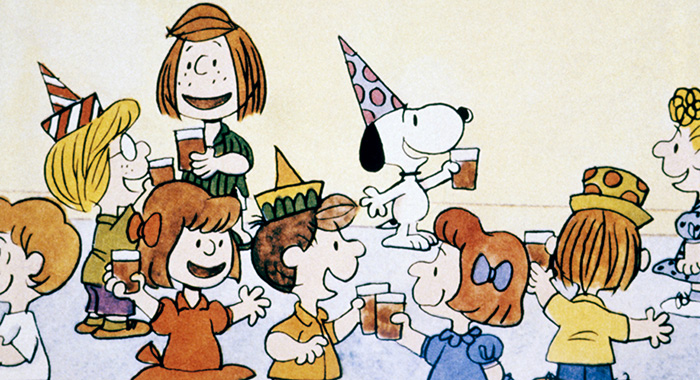 HAPPY NEW YEAR, CHARLIE BROWN!, Peppermint Patty (back, left), Snoopy (back, center), 1986. © United Features Syndicate / Courtesy: Everett Collection